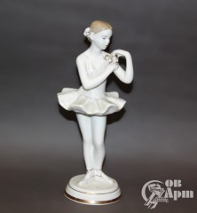 "Скульптура ""Балерина"""